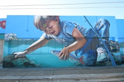 A massive Piece by Gus Eagleton that i helped add some fish to